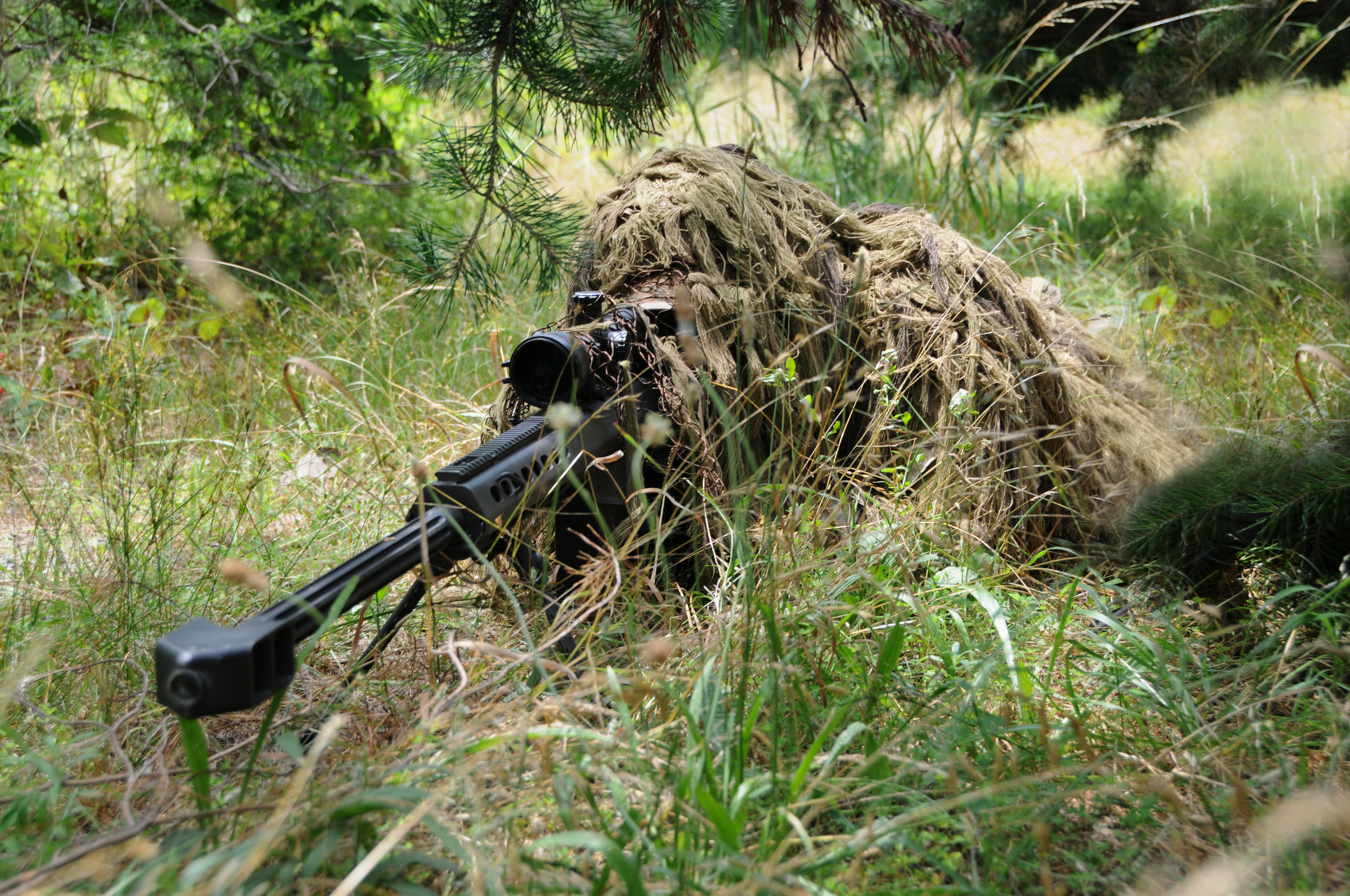 ghillie_suit